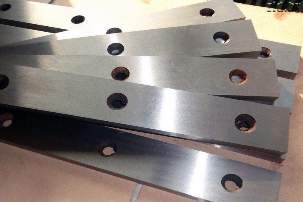 4 7 1024x683 - Промышленные ножи
